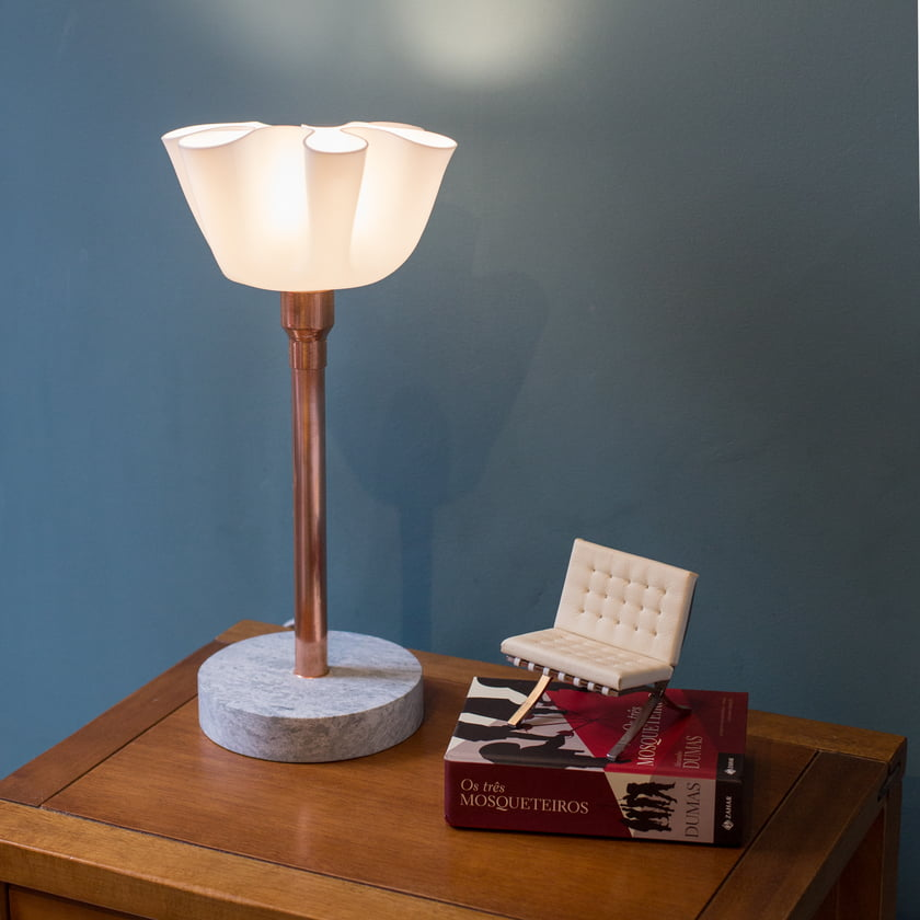 LUMINARIA FLOR INVERTIDA - LILLY LAMP